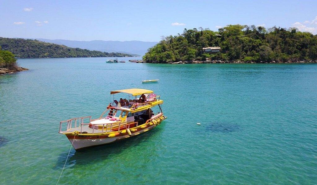 barque à Paraty