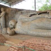 Bouddha allongé de Polonnaruwa - Sri Lanka